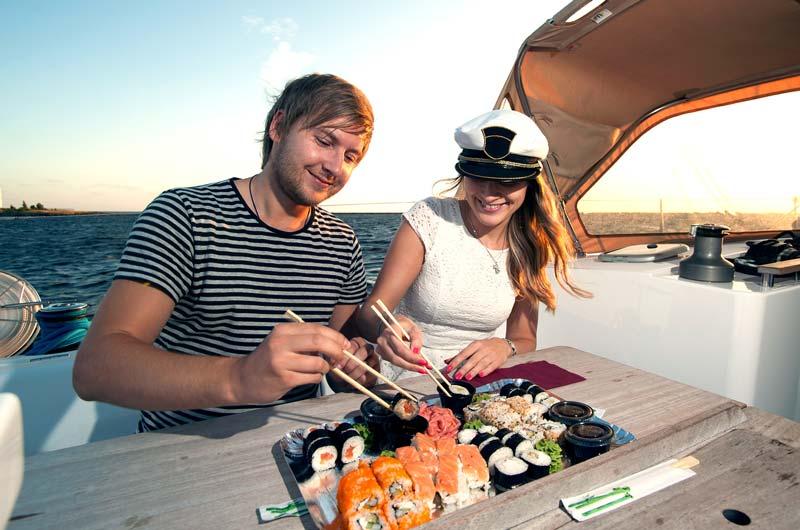 Hausboot mieten gutes essen Bootsurlaub.de